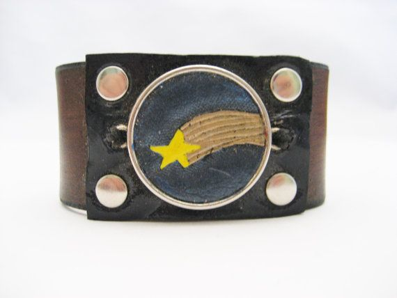 Shooting Star Bracelet Hand Carved Leather by Treeleafleather