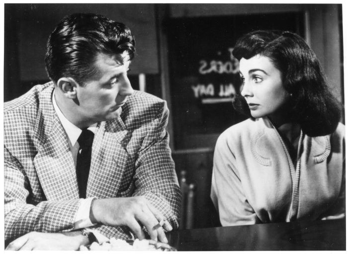 """Robert Mitchum and Jean Simmons in """"Angel Face"""" (1952)"""
