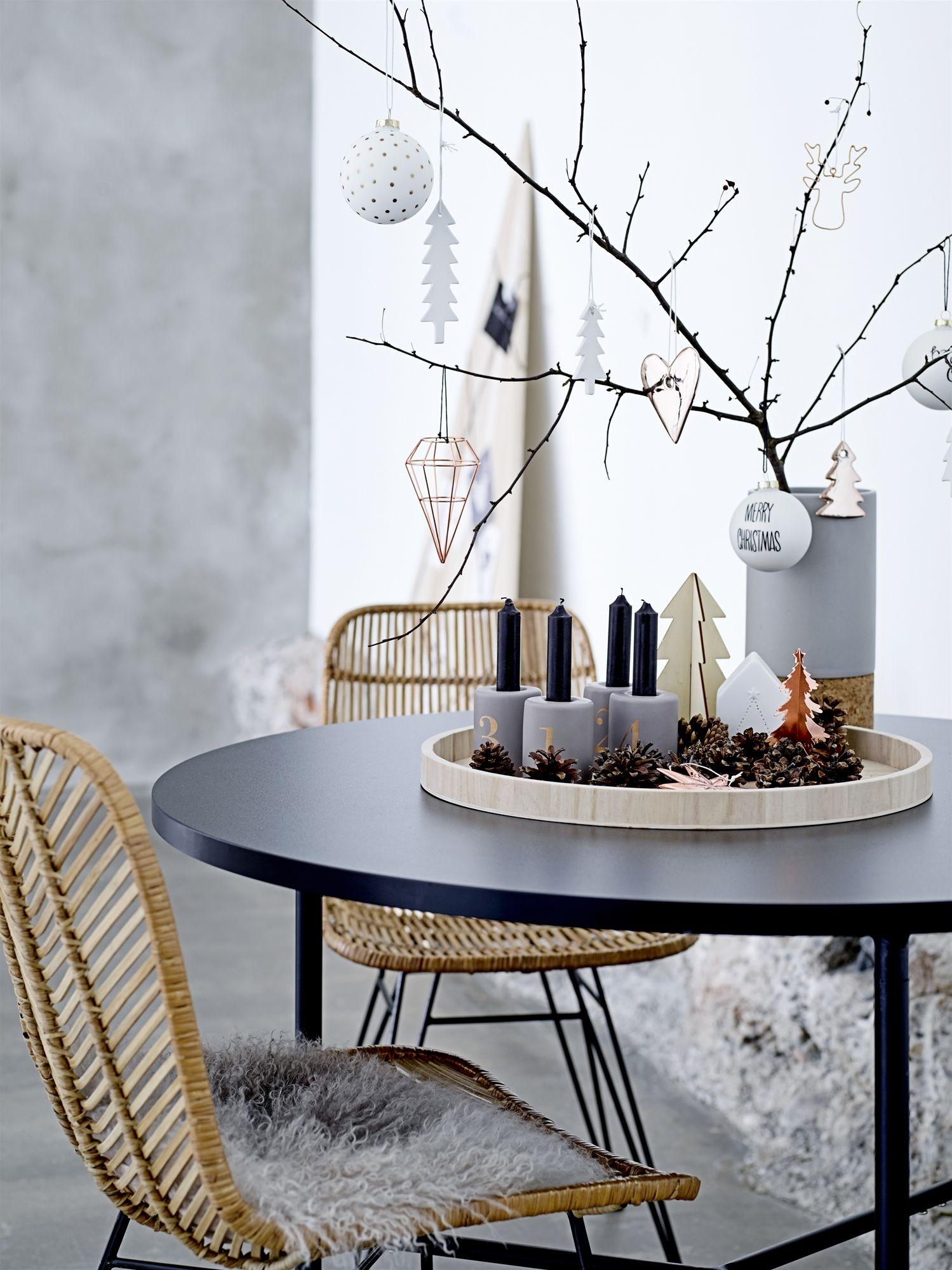 12 moderne adventskranz ideen home decor weihnachten. Black Bedroom Furniture Sets. Home Design Ideas