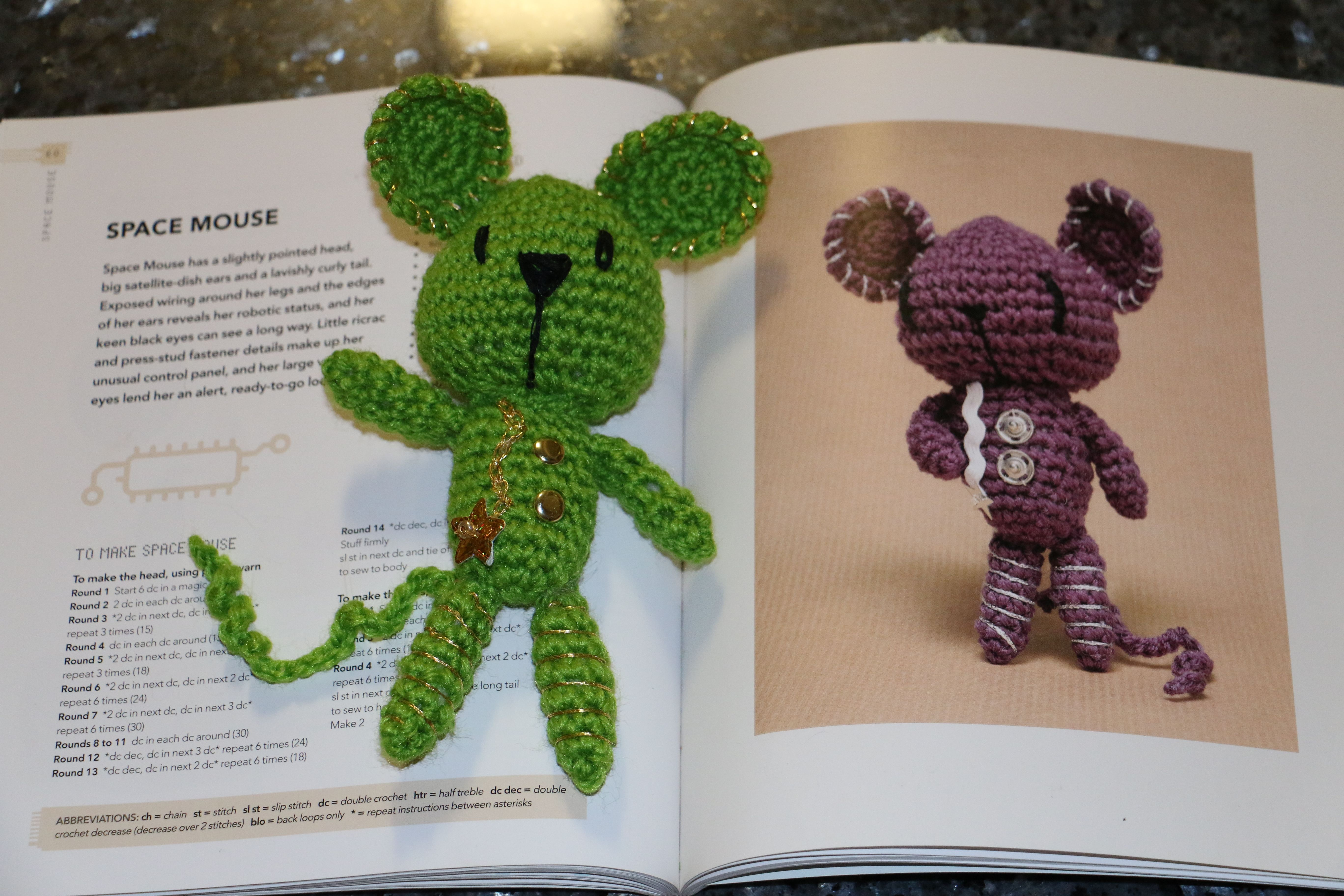 "Green Space Mouse for Will - ""Crobots - 20 amigurumi robots to make"" by Nelly Pailloux I used chain stitich instead of ric rac and brads instead of press studs."