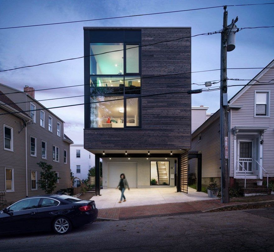 Quebec Street Residence in Portland / GO Logic Cedar