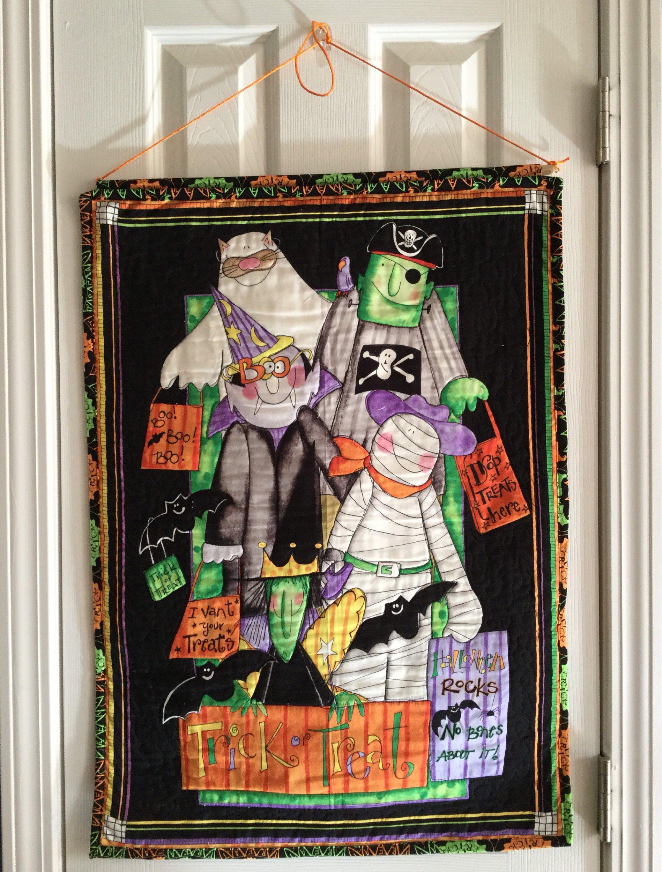 Halloween Wall Hanging, Halloween Decoration, Trick or Treat Door - door decoration halloween