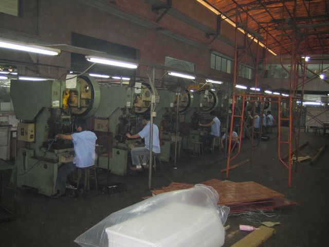 case stamping room