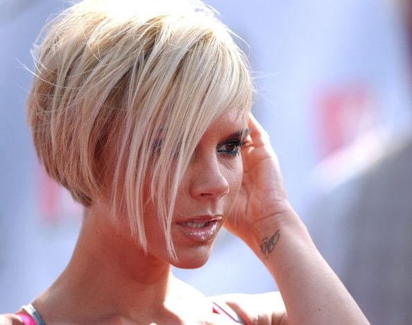 Mtv Movie Awards, Hair Cuts And Wedges