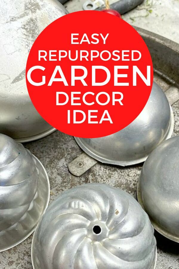 If you love fairy gardens then you'll love this simple life size mushroom garden decor. This easy and cheap garden art project is perfect for kids and if you're decorating on a budget. So pull out those old tin bowls for this recycled garden decor DIY. #diy #gardenart #gardendecor