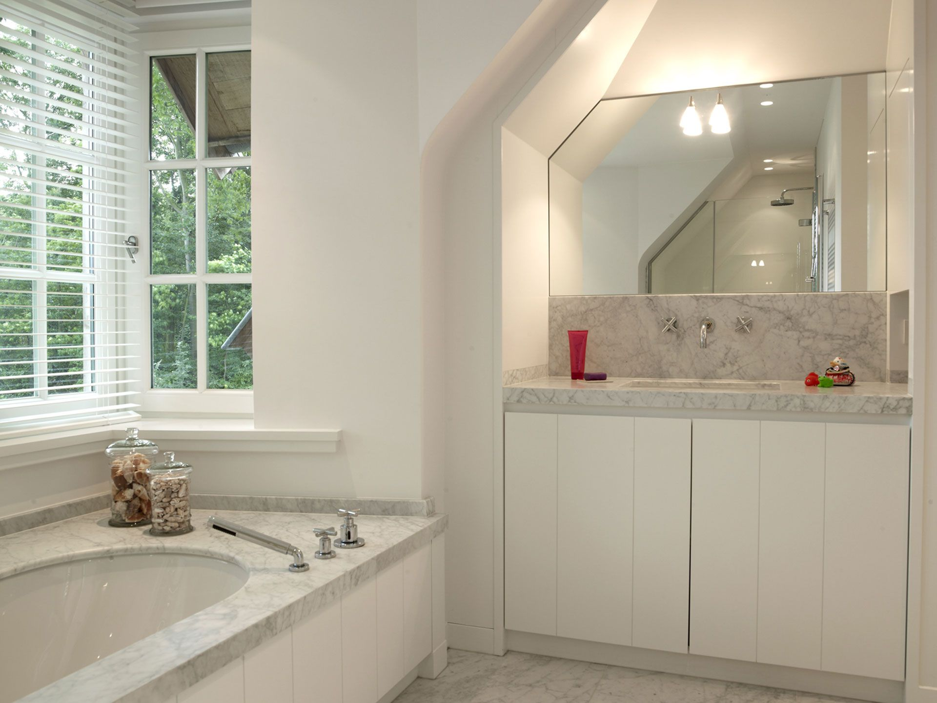 maatwerk badkamer leverbaar bij Windsor bathrooms. te vinden en ...
