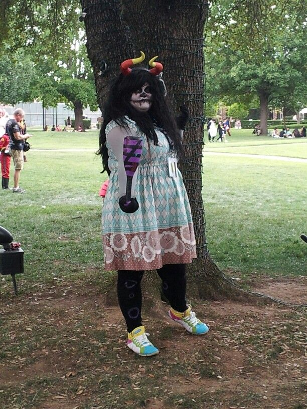 Dallas A-Kon 2014 - The Female Grand Highblood (1)