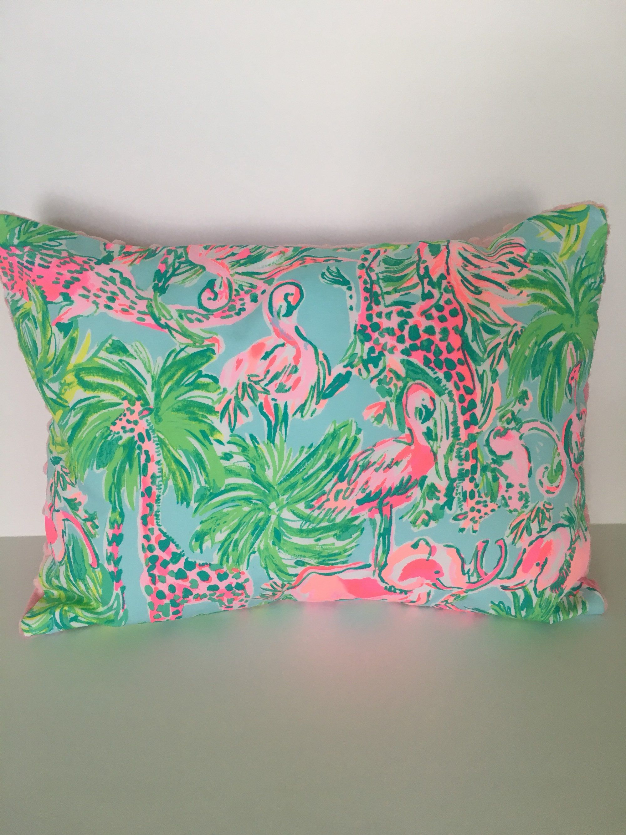 c28adeae50916f Lilly Pulitzer Pillow Cover ~ Lilly Pulitzer Decor ~ Dorm Pillow ~ Nursery  Pillow ~ On
