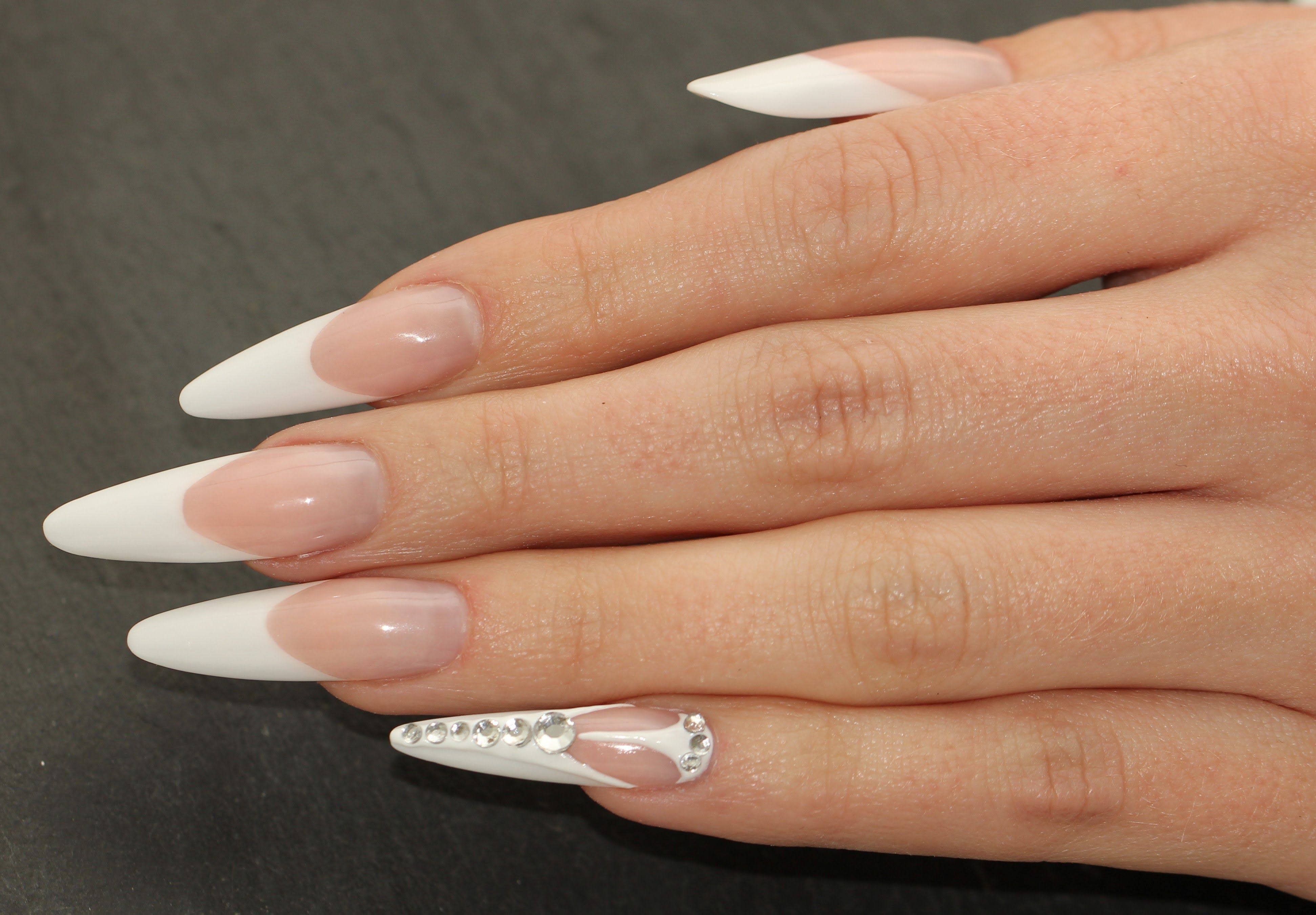 Klassische/ gotische Mandel pink & white Acryl Naildesign tutorial ...