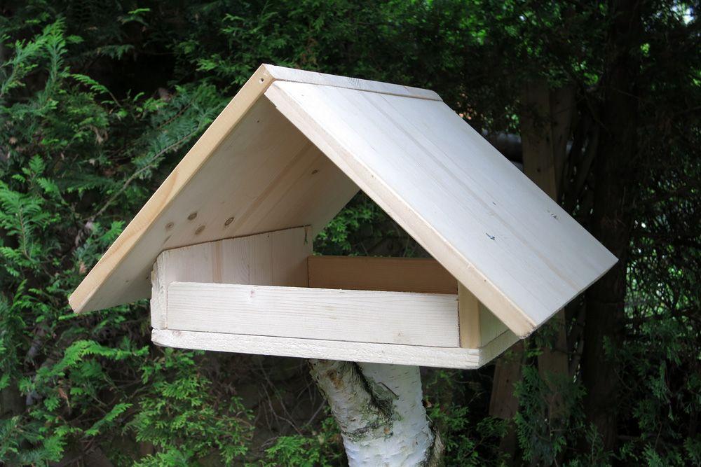 Vogelfutterhaus selber bauen - Bauanleitung - Gartendialog.de