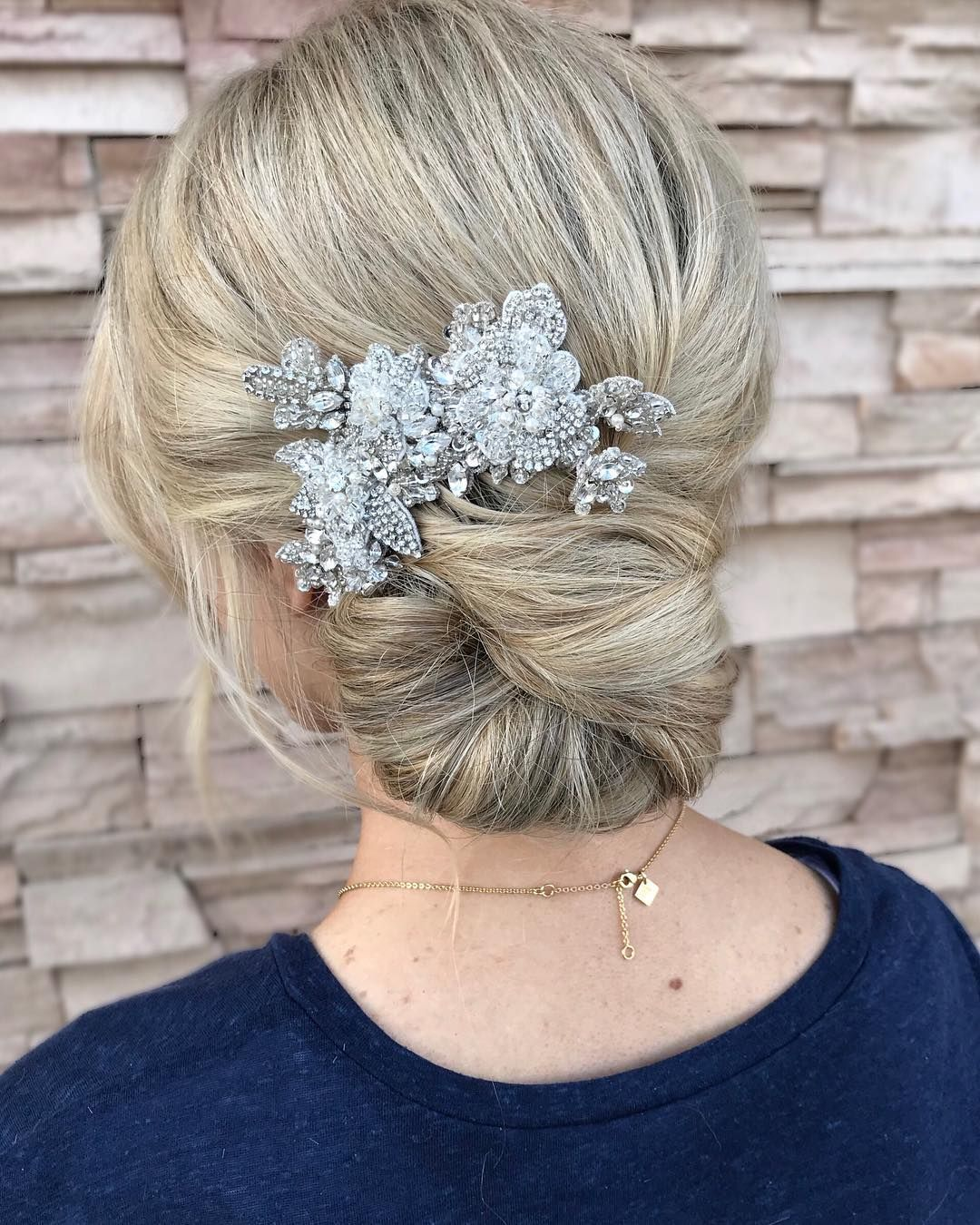 Drop-Dead Gorgeous Wedding Hairstyles  - updo wedding hair,bridal updo hairstyles ,wedding hairstyle , bridal hairstyle #updo #messyupdo #weddinghair #hairstyles