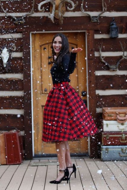 67c751a9ab The holiday outfits to copy directly from your favorite fashion bloggers.  Find tons of holiday