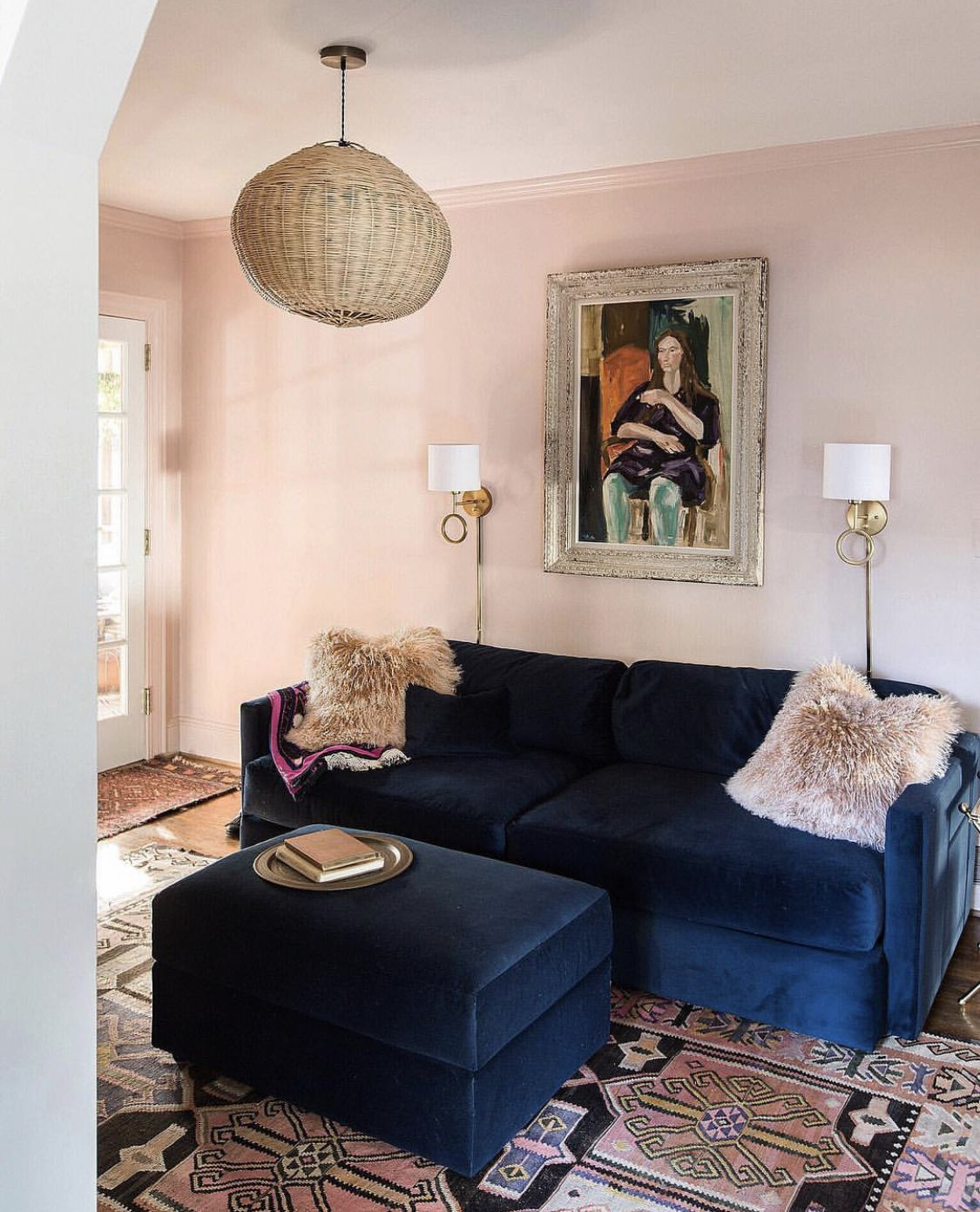 Urban Sofa Barneveld Pin By Colleen Keeley On Uws Home Decor House Design Blush