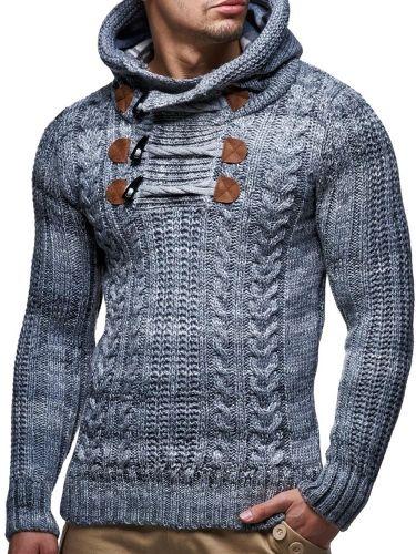 425f9571 Tøff strikkegenser med hette og hemper i halsen. Strikkegenseren har fleece  innvendig i hetten.