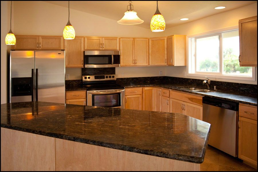 maple kitchen pictures | Honey Maple Kitchen Cabinets ... on What Color Granite Goes With Honey Maple Cabinets  id=42309