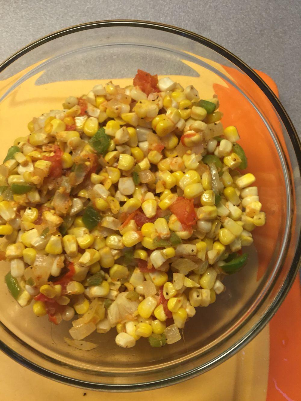 Maque choux (corn, green bell pepper, jalapeño, onion