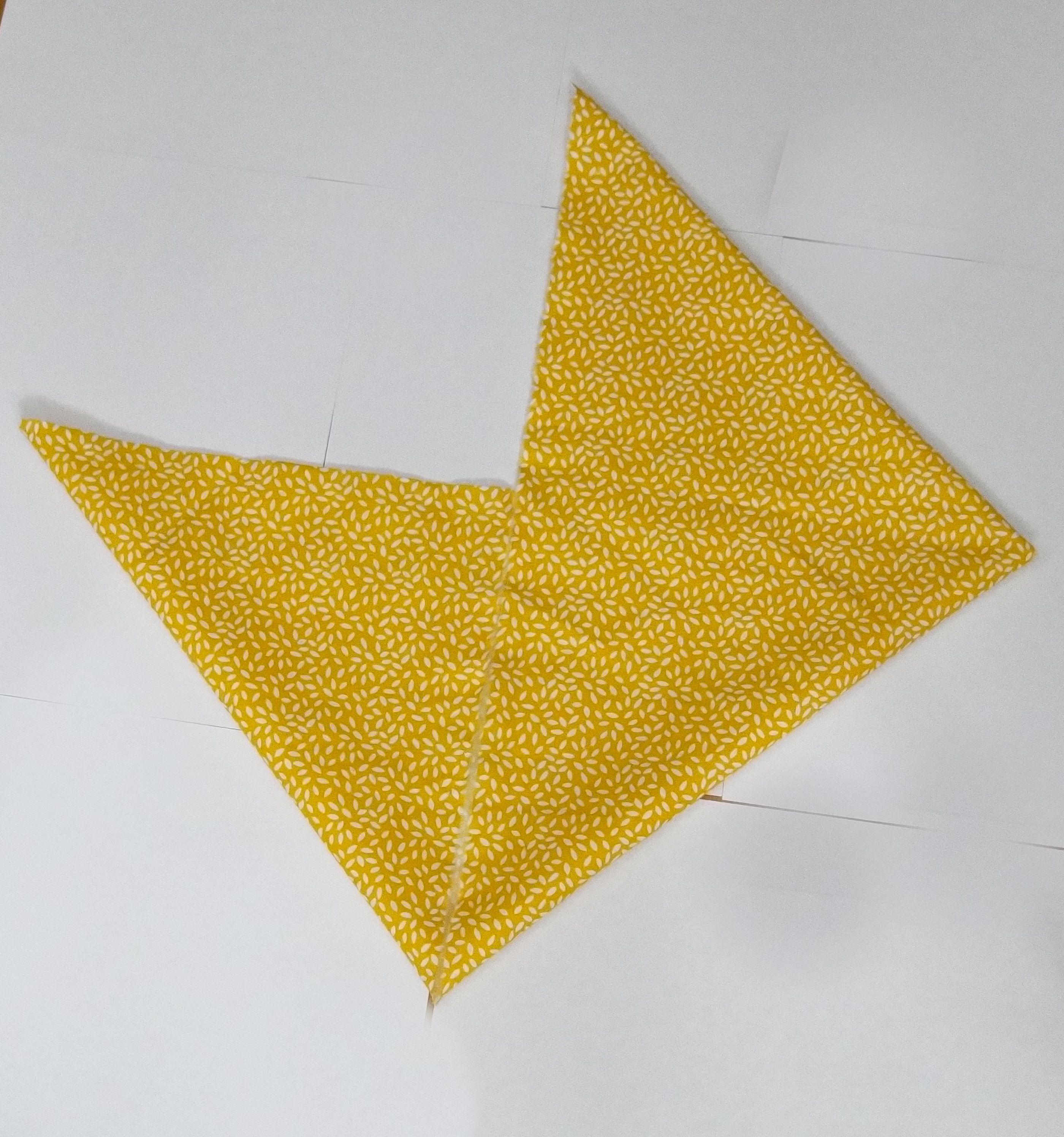 Hello aujourd hui voici comment faire un sac bento r versible il vous faudra les 2 coupons - Comment faire un sac en tissu ...