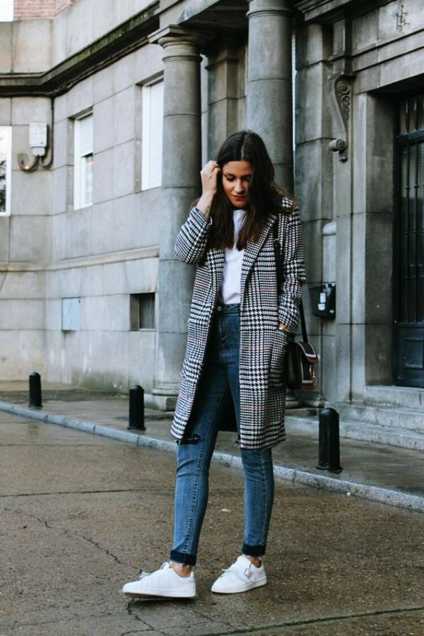 27b4b818f0c8d 65 Cute Winter Outfits with Sneakers 2019