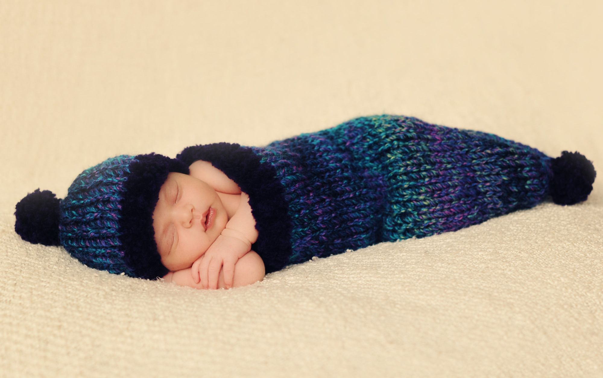 Lullaby and Goodnight Baby Cocoon and Hat Set in Lion Brand Tweed ...