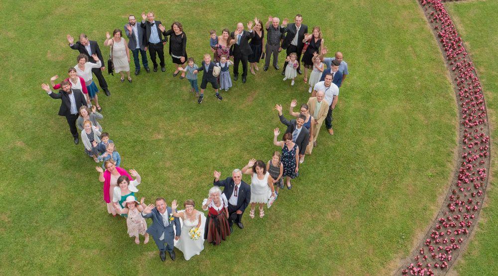 Drohne Tirol Fur Eure Hochzeit Hochzeitsbilder Mit Einer Drohne Fotos Hochzeit Drohne Fotografie Hochzeit Bilder