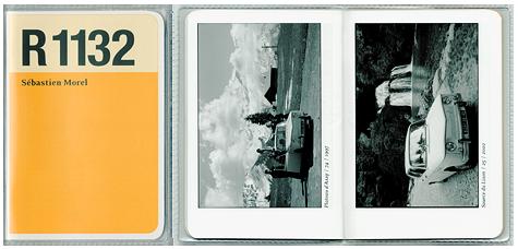 R1132 – titre de cet ouvrage – est l'appellation technique et administrative de la Renault 8 Major, créée en 1964, qui fut une des voitures familiales des années soixante les plus populaires.  Présente dans mes souvenirs d'enfance, j'ai eu l'occasion d'acquérir une Renault 8 Major, véhicule de mes déplacements quotidiens. Ainsi à partir de 1995, elle devient le cliché incontournable lors de mes différents voyages, seul ou accompagné, construisant une collection d'images