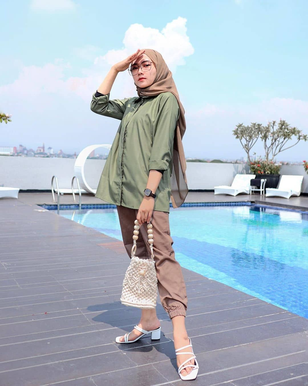 Inspiration Hijab Style Outfit Of The Day Ootd 2020 Remaja Indonesia Positif Kreatif Ceria Pakaian Pantai Gaya Berpakaian Model Pakaian Hijab