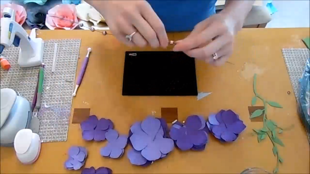 Hanging paper wisteria tutorial. Printable wisteria templates and svg cut files. -   22 diy flower tutorial ideas