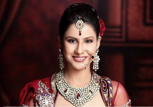 Aakriti Kochar is one of the best Professional Wedding Makeup Artist In Delhi, which providing you the best Bridal Hairstyle And Makeup in Delhi NCR at the ...