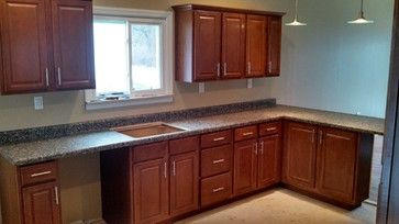 lowe s kitchen cabinets in stock lowe s in stock cabinets little rh pinterest com