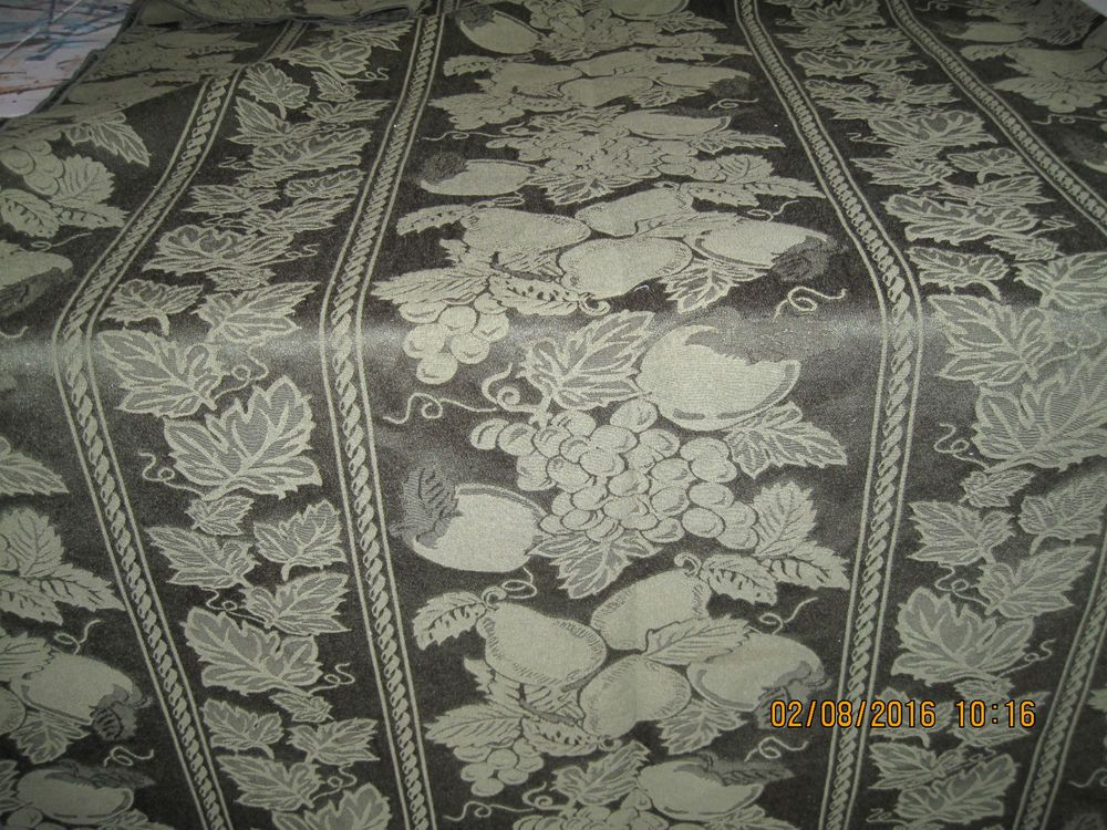 Large Green Damask Tablecloth Fruit U0026 Leaves 60 X 94 Inches Preowned