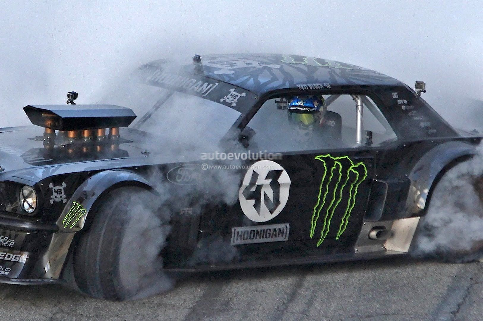 Ken Block S Gymkhana 7 Ford Mustang 4x4 With 845hp Ken Block Ken Block Mustang Mustang