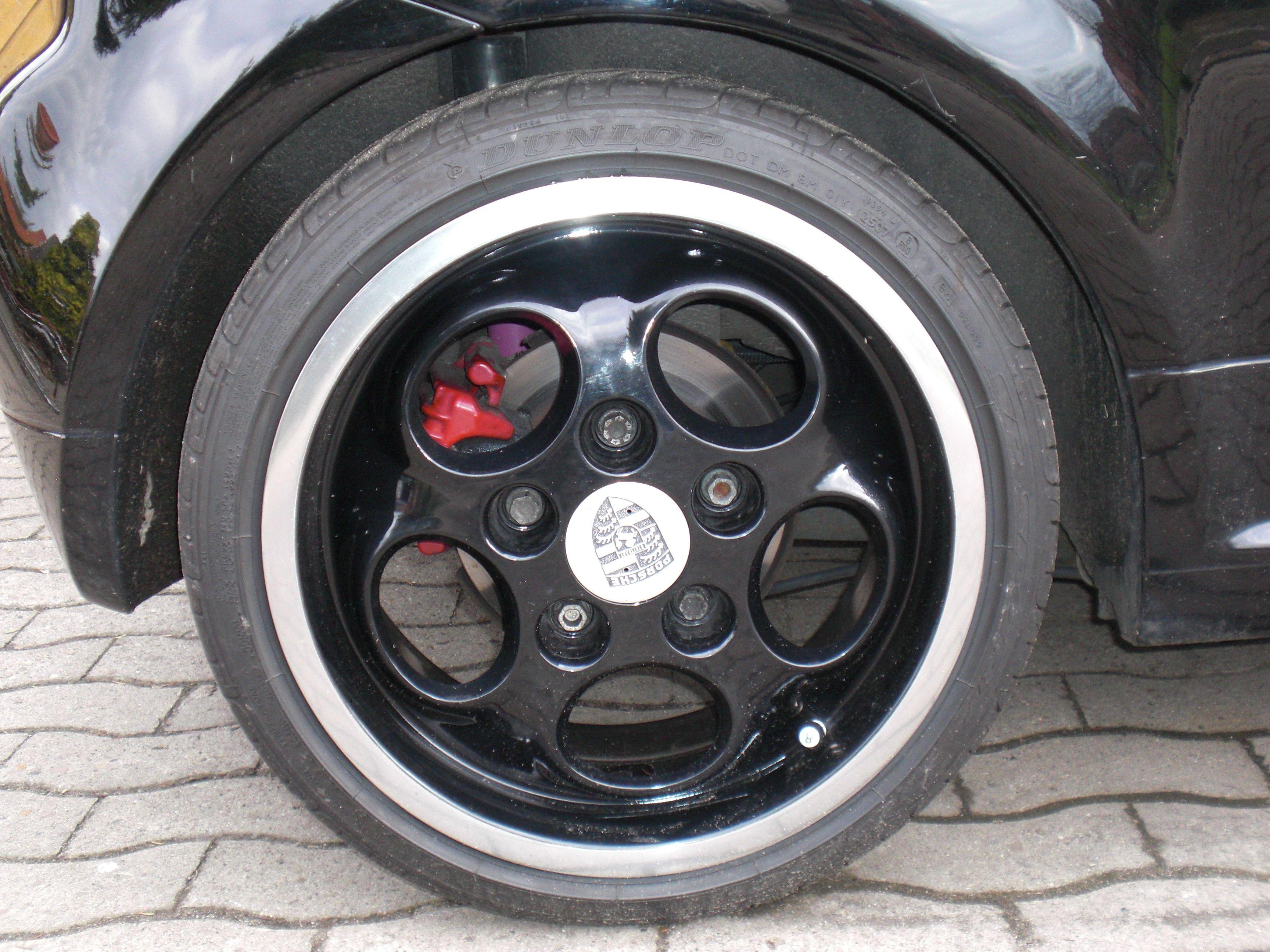 Black Telefon Porsche Wheels On A Vw Lupo Wheels