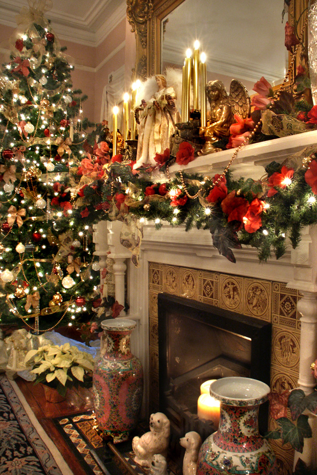 Christmas Iphone Background Christmas Fireplace Christmas Mantels Christmas Mantel Decorations