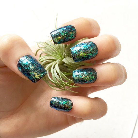 Mermaid Iridescent Glitter Fake Nails - Glue-On Gel Nails - Luxe ...