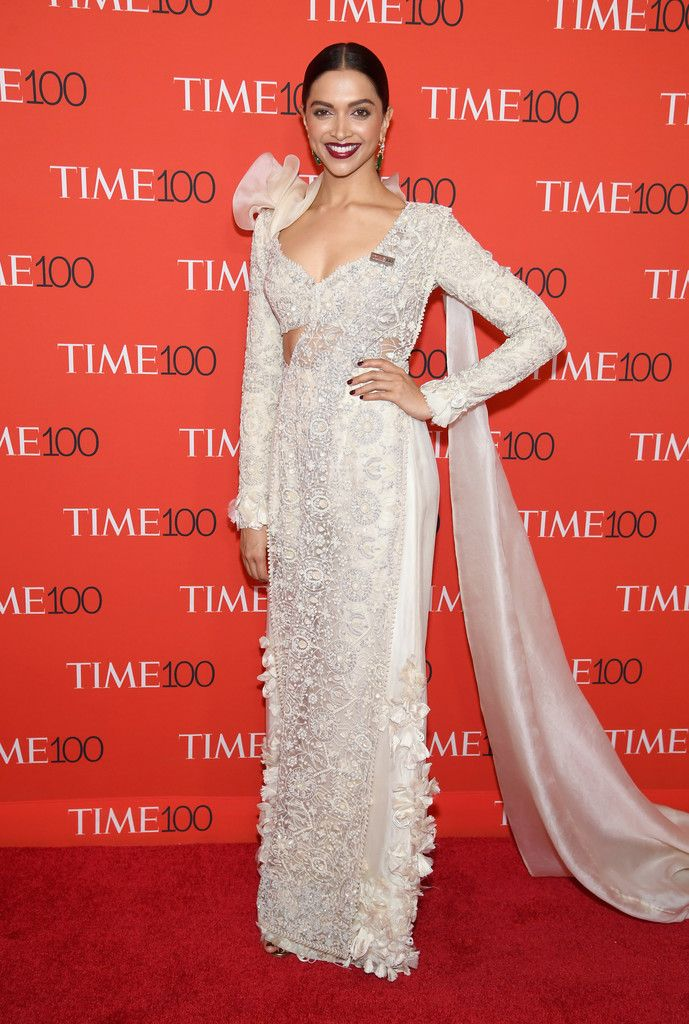 Deepika Padukone Embroidered Dress   Fashion, Red carpet ...