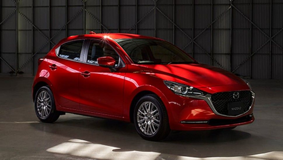 The New Mazda3 Has Been Redesigned From The Ground Up With A Head Turning Design Available All Wheel Drive And The First Applic Mazda Autos Mazda 3 Mazda Cx5