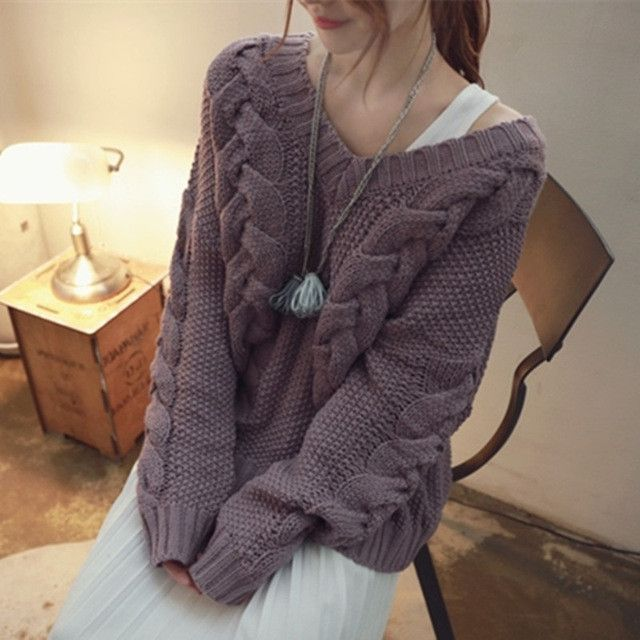 2017 New Autumn Winter Knitted Sweaters Women Fashion Sexy V-Neck Loose Sweater Long Sleeve Pullover Casual Female Clothing