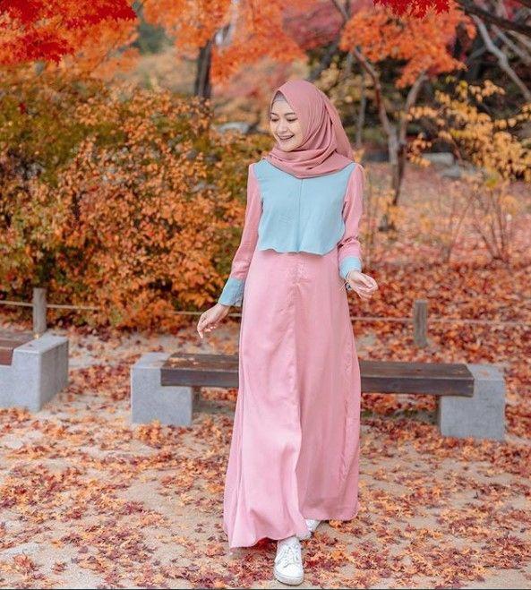 22 Model Gamis Remaja 2021 Ideas In 2021 Fashion Modern Hijab Fashion Dress Muslim Modern