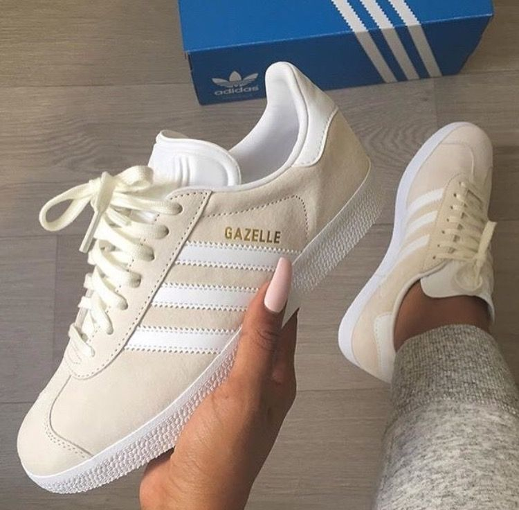 Pin by panda`s feelings on zapatos | Sneakers shoes outfit ...