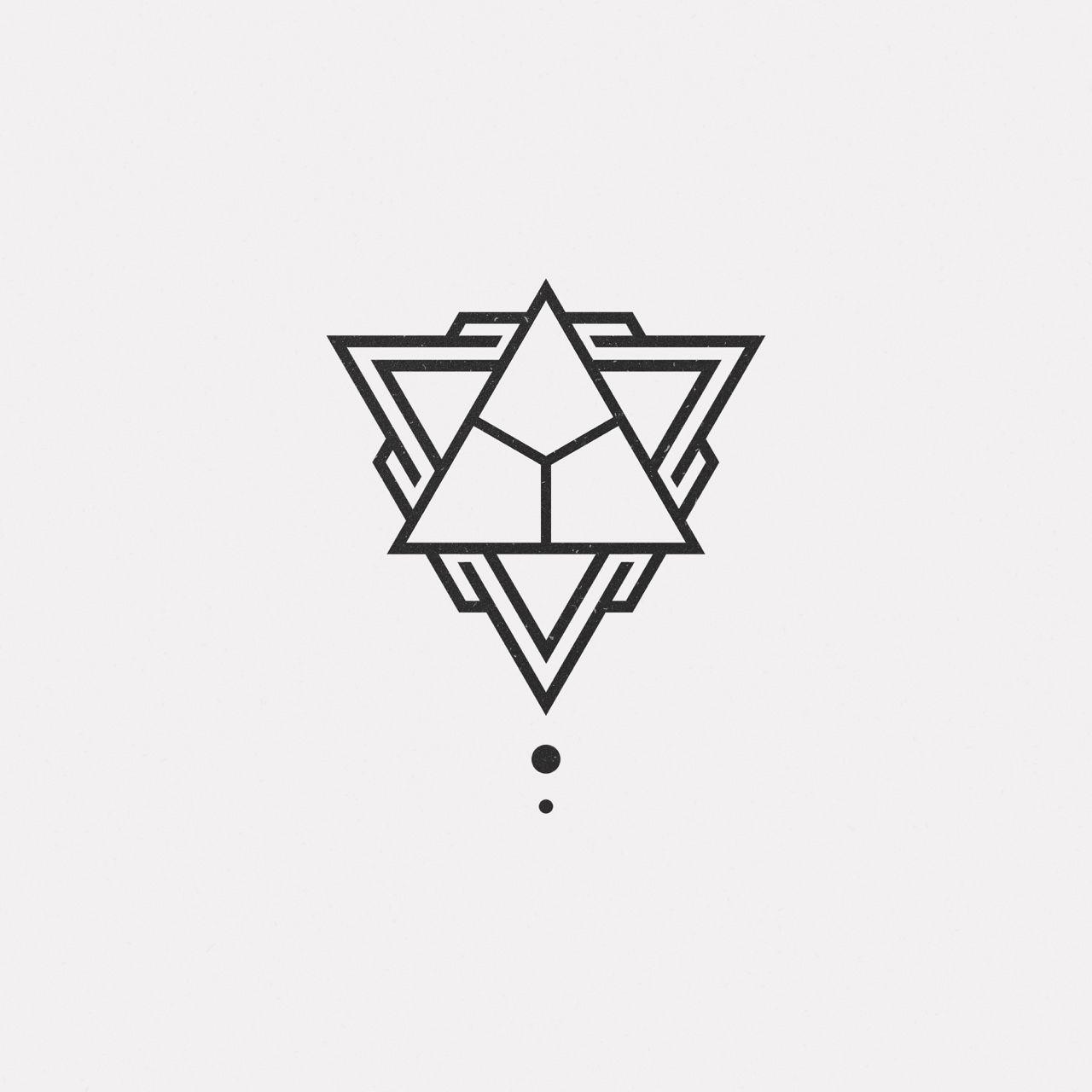 De16 779 A New Geometric Design Every Day Geometric Tattoo