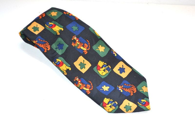 Vintage tie 90s Cartoon Characters Winnie the Pooh tie Winnie honey