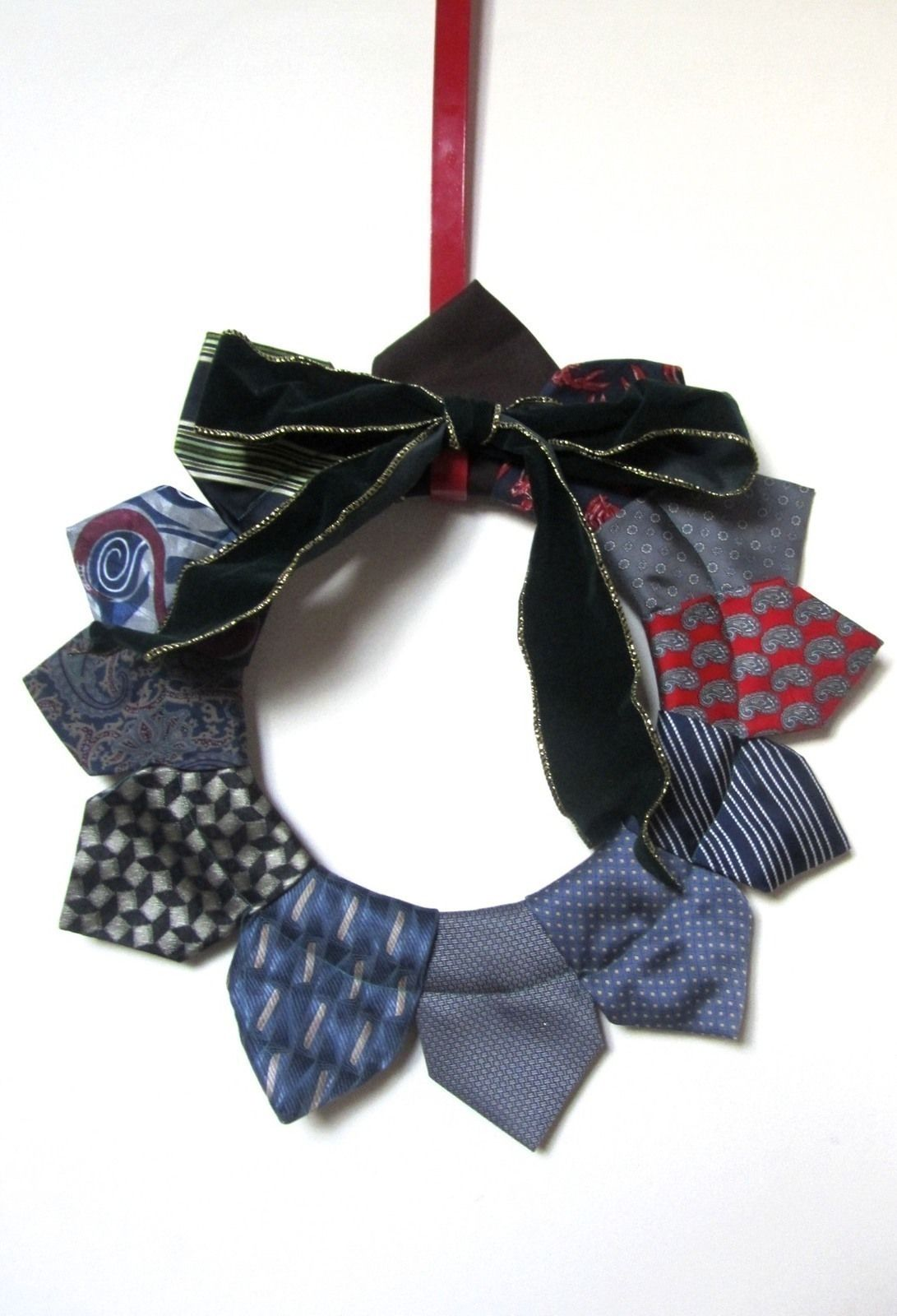 Photo of Neck Tie Wreath