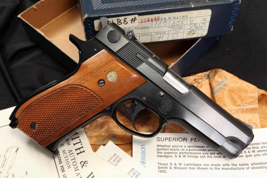 Smith and wesson serial number date of manufacture in Australia