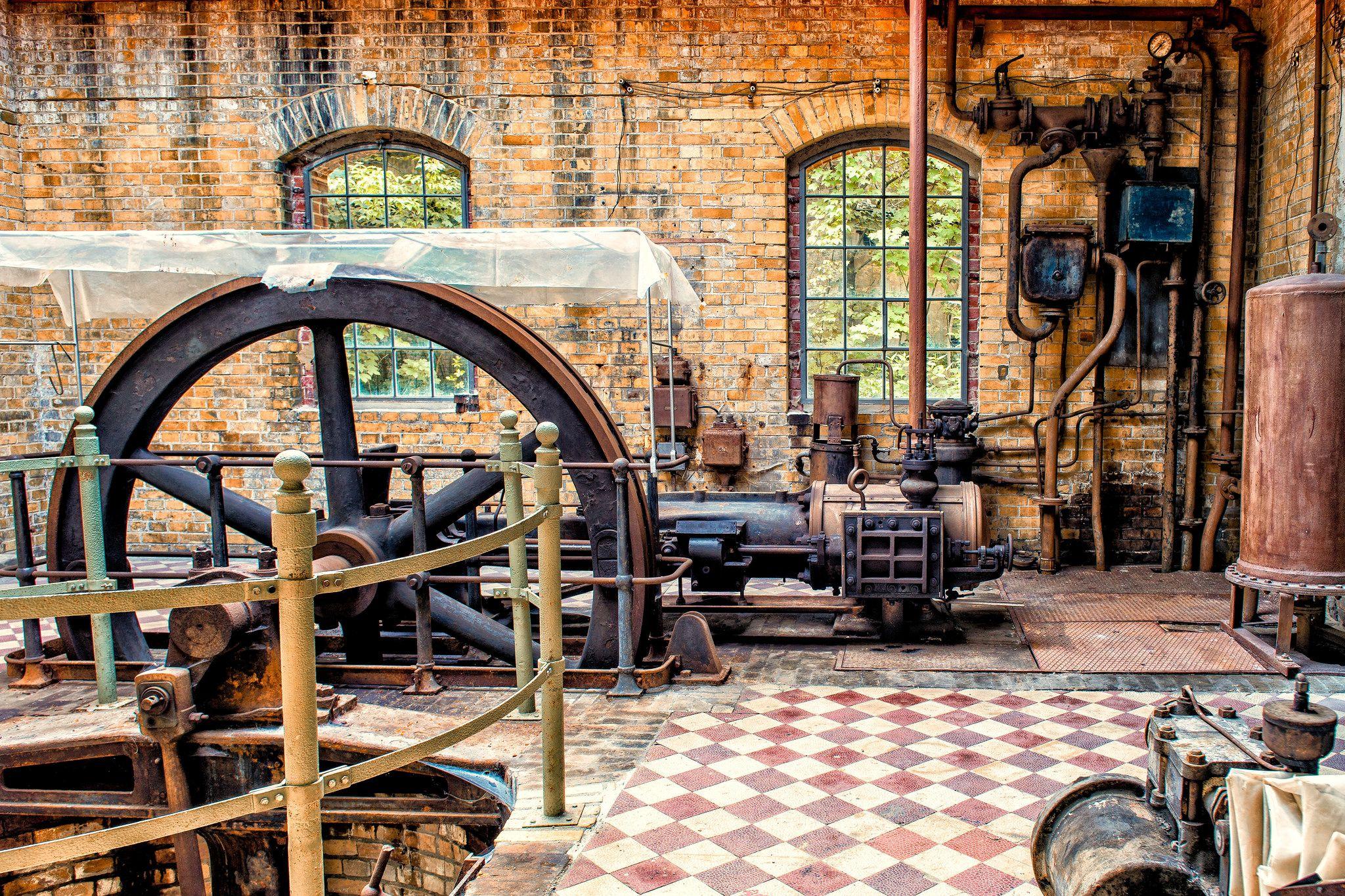 Pump Station near Beelitz Heilstätten Men's Sanitarium Brandenburg (Germany) [2048x1365] [OS]