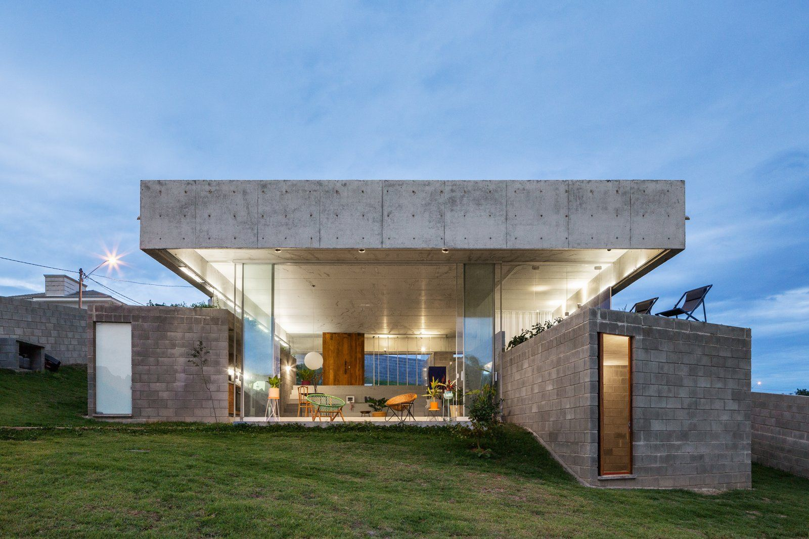 Photo 12 Of 14 In A Spectacular Green Roof Floats Over This Concrete Green Roof Salto De Pirapora Architecture