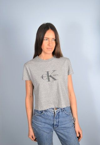 https://marketplace.asos.com/listing/crop-tops/calvin-klein-womens-vintage-cropped-t-shirt-top-small-90s/2094084?fromSearchTerm=calvin%20klein
