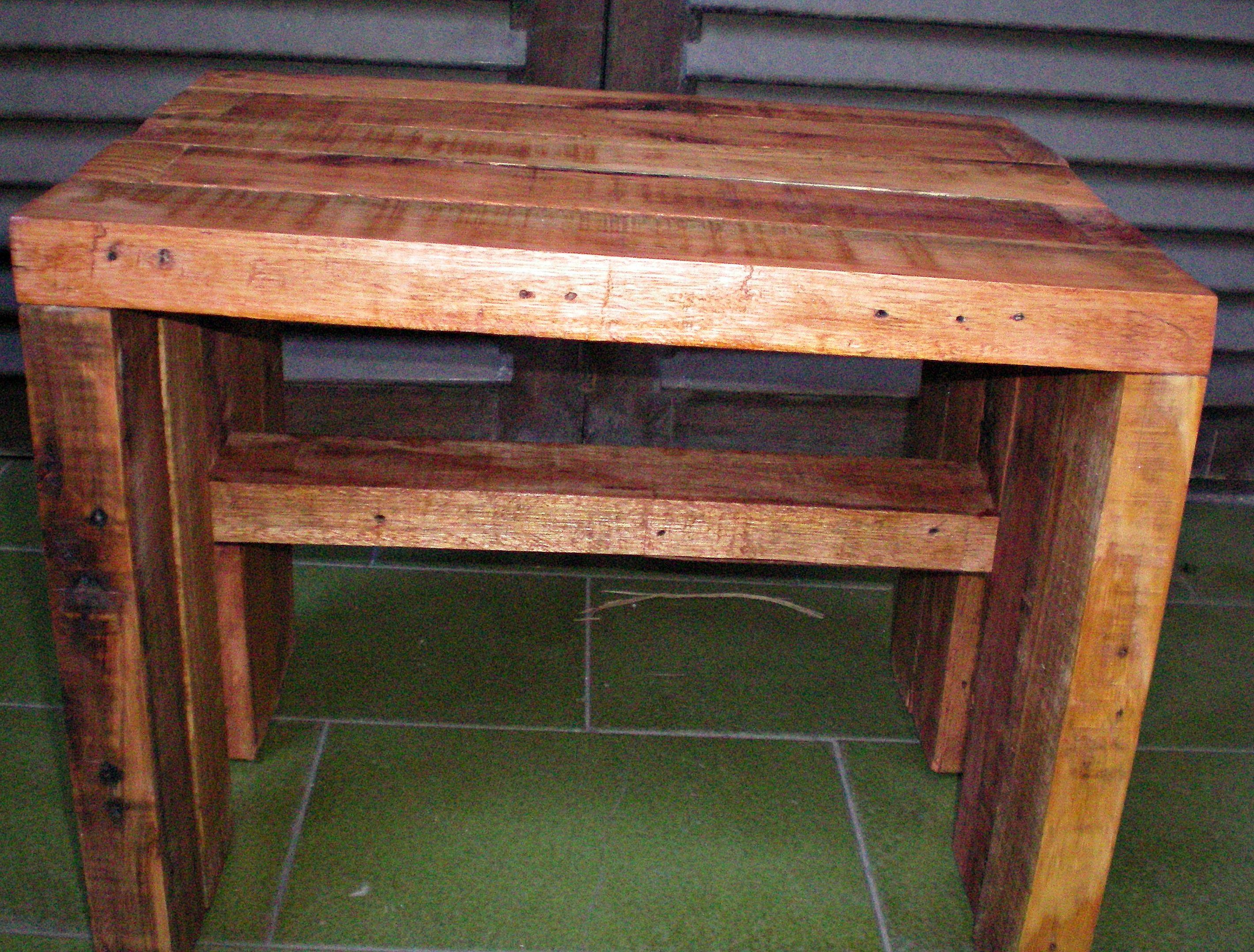 Banquito R Stico Realizado Con Tirantes De Pallets Muebles  # Muebles Sencillos De Madera