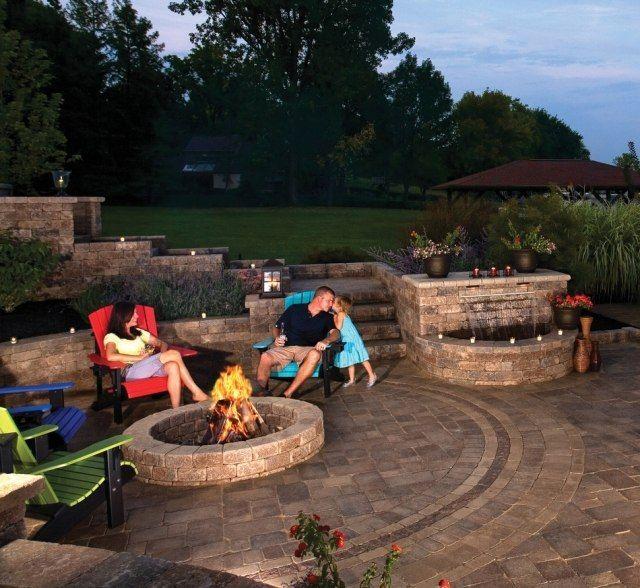 feuerstelle garten bauen ideen kuehle abende Outdoor Plätze - Terrasse Im Garten Herausvorderungen