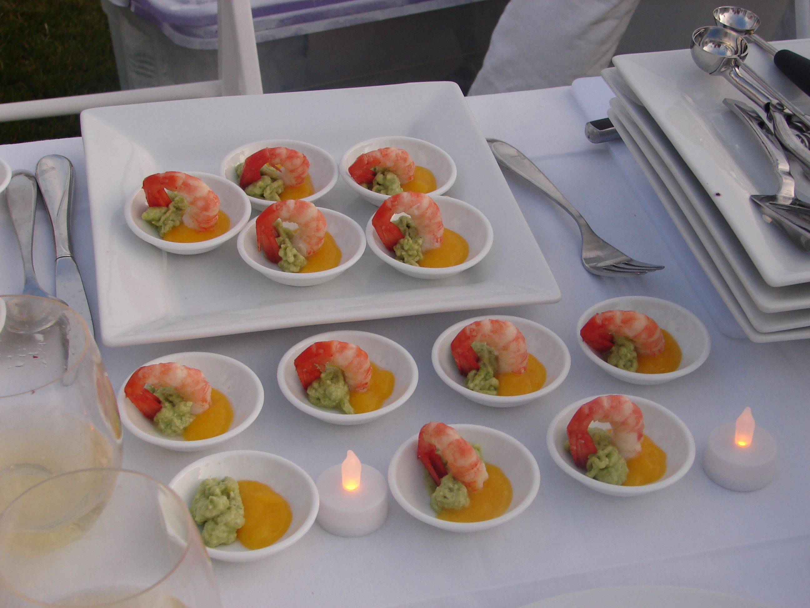 Diner En Blanc Vancouver Science World  Our First Course Prawn In A Mango Avocado Compote