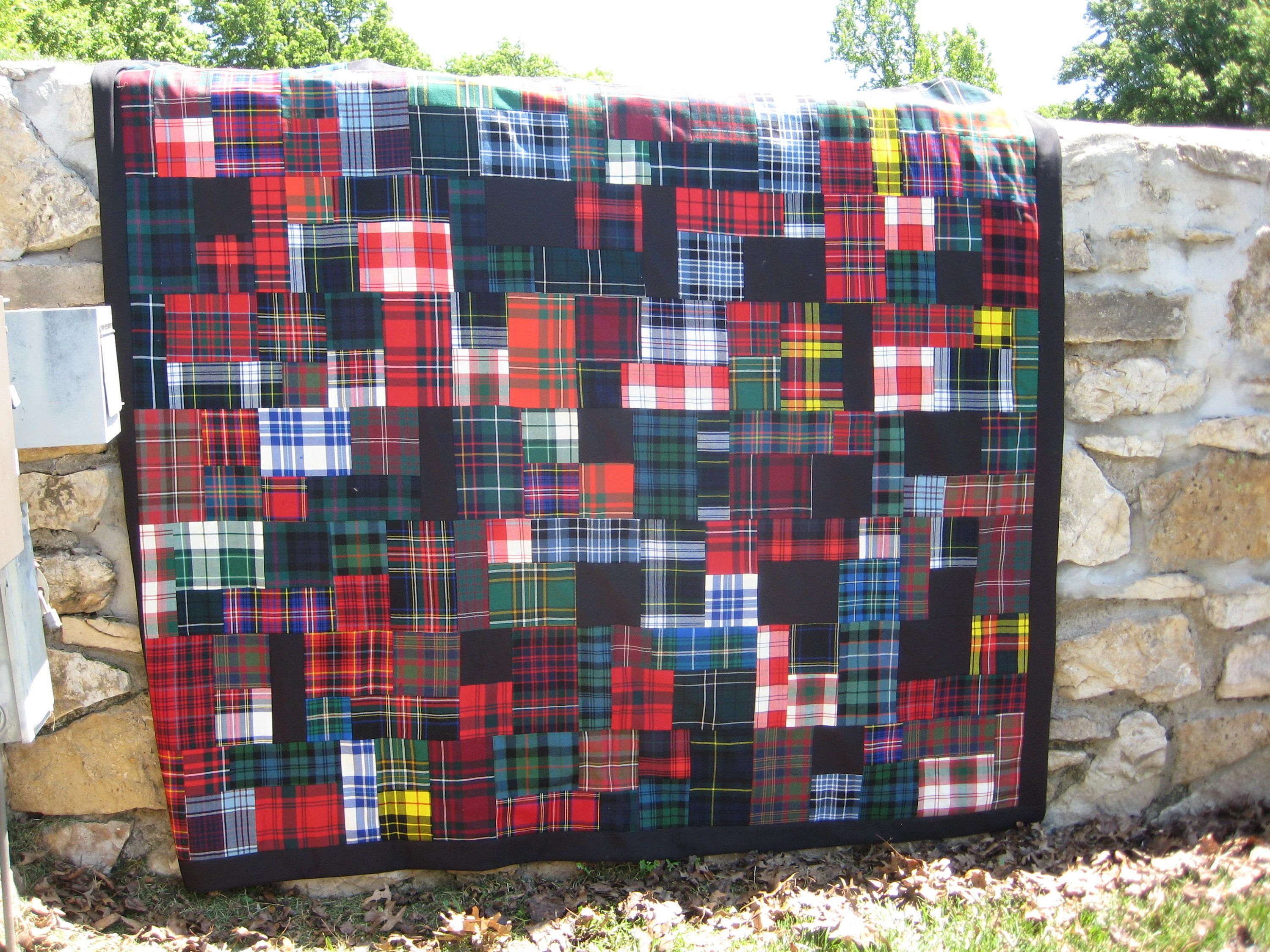 Sale Authentic Scottish Wool Tartan Patchwork Queen Quilt With Classic Tartans By Tartanquiltsandmore On Etsy Scottish Tartans Queen Quilt Tartan